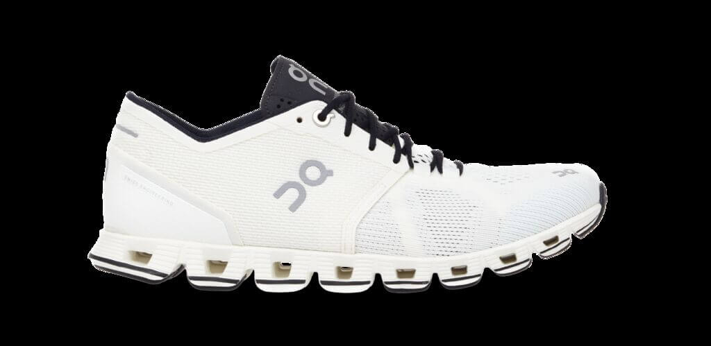 ON Damen LaufschuheSneaker Cloud X WhiteBlack